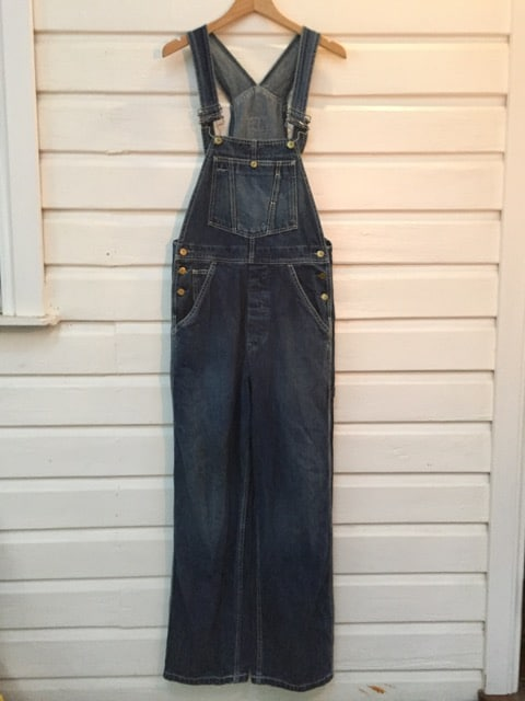 Denim Levi Strauss & Co. Vintage Overalls https://www.secondlovesvintage.com/