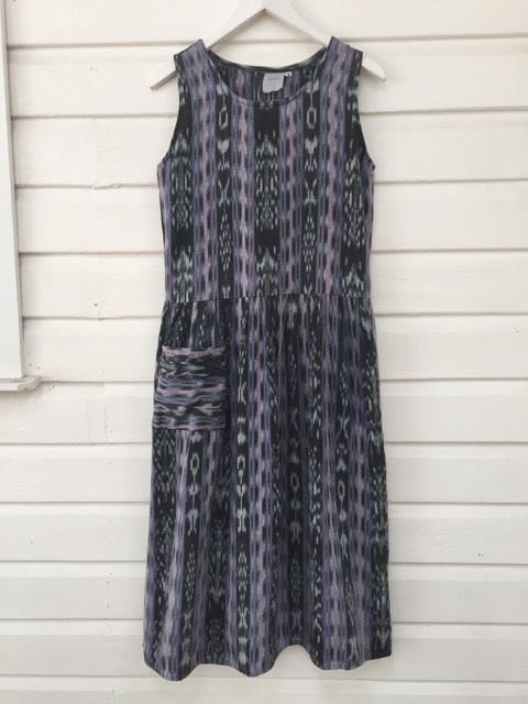 Batik Island Bohemian Surf Style Dress https://www.secondlovesvintage.com/