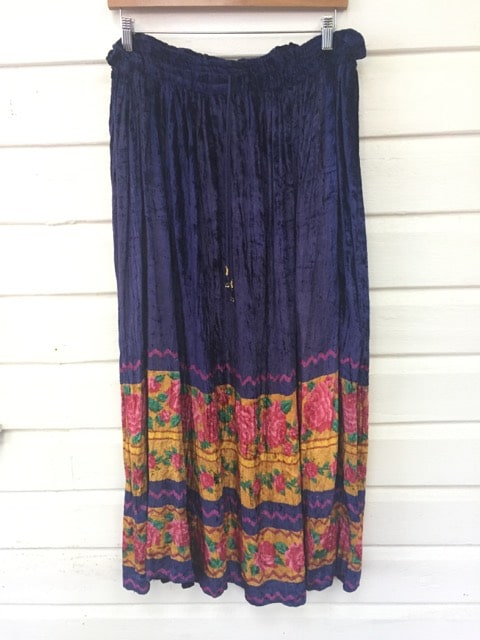 Floral Print Mauve Vintage Velvet Long Skirt https://www.secondlovesvintage.com/