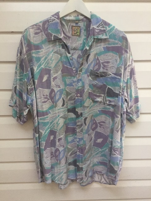 Lads Report Vintage Party Shirt https://www.secondlovesvintage.com/