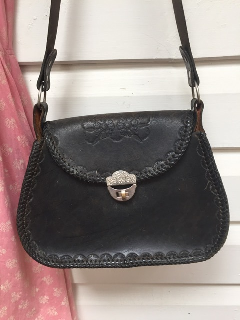 Black Leather Hand Tooled Vintage Bag https://www.secondlovesvintage.com/