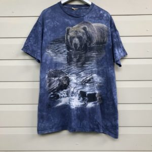 Mountain Bear Tie Dye Vintage T-shirt https://www.secondlovesvintage.com/
