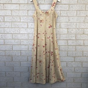 Floral Print Vintage Country Road Dress https://www.secondlovesvintage.com/